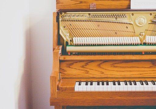 sťahovanie klavírov Emtego